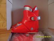 Детские горнолыжные ботинки в отличном состоянии