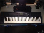 Продам M-AUDIO AXIOM 61